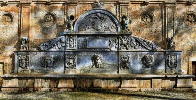 Pilar de Carlos V. Foto de Rafa G Recuero