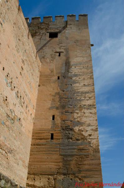 La Torre del Homenaje. Lateral de la Torre con su clásico tapial calicostrado