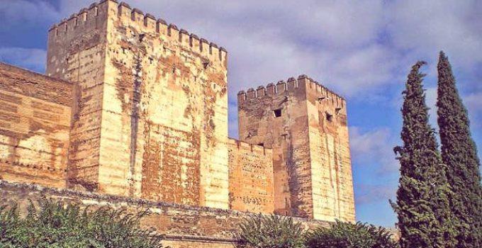 la torre quebrada alhambra